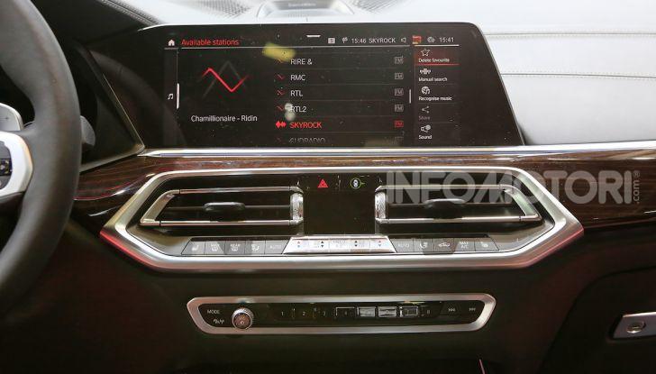 BMW X5, la quarta generazione debutta su strada - Foto 21 di 23