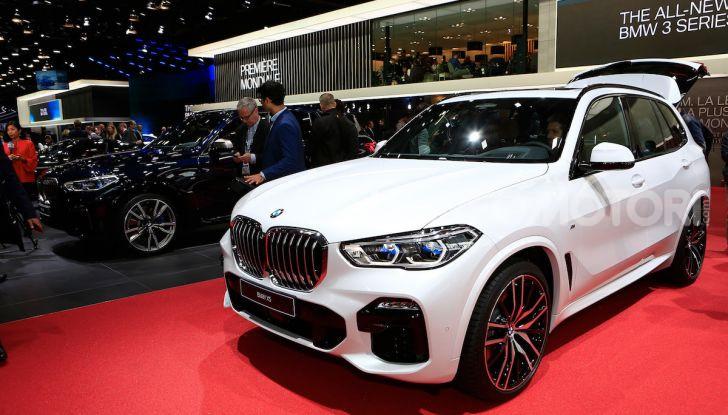 BMW X5, la quarta generazione debutta su strada - Foto 6 di 23