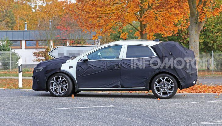 Kia Ceed SUV 2020: il terzo elemento tra Stonic e Sportage - Foto 10 di 31