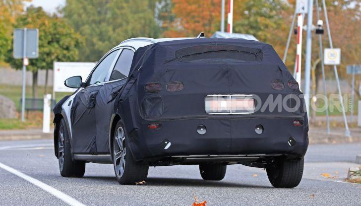 Kia Ceed SUV 2020: il terzo elemento tra Stonic e Sportage - Foto 13 di 31