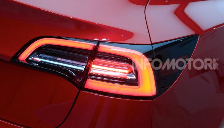 Tesla Model 3 é l'auto più venduta negli USA - Foto 14 di 26