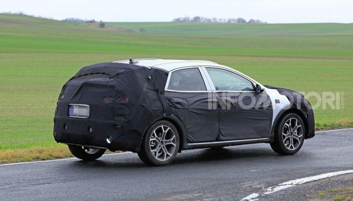 Kia Ceed SUV 2020: il terzo elemento tra Stonic e Sportage - Foto 19 di 31