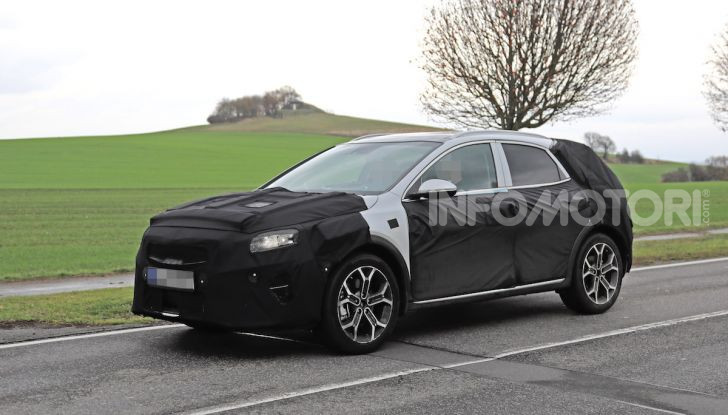Kia Ceed SUV 2020: il terzo elemento tra Stonic e Sportage - Foto 22 di 31