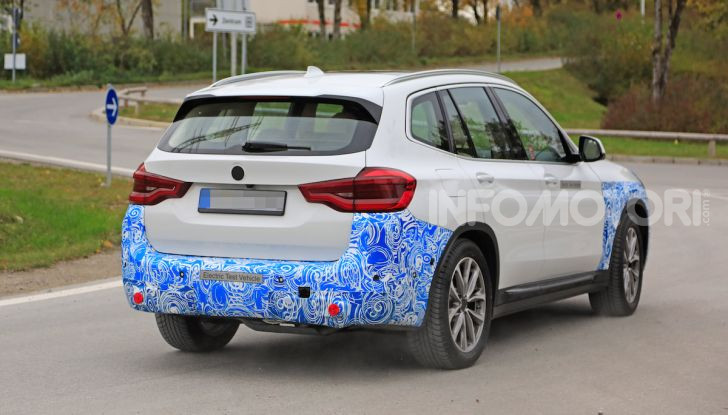 BMW iX3 2020: il SUV elettrico premium è Made in China - Foto 2 di 59