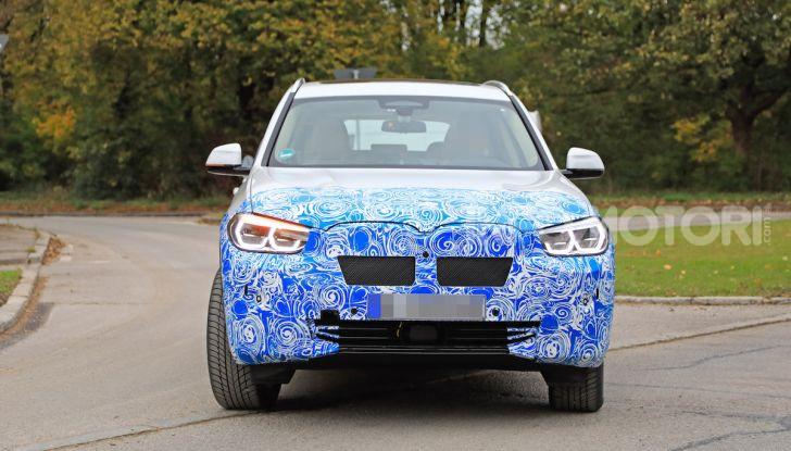 BMW iX3 2020: il SUV elettrico premium è Made in China - Foto 4 di 59