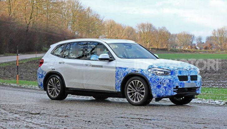 BMW iX3 2020: il SUV elettrico premium è Made in China - Foto 36 di 59