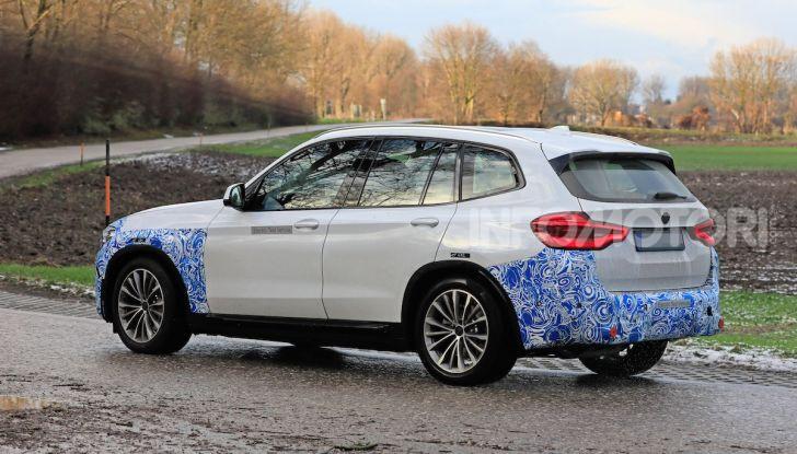 BMW iX3 2020: il SUV elettrico premium è Made in China - Foto 31 di 59