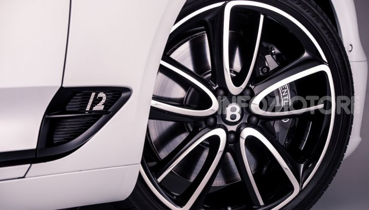 Bentley Continental GT Convertible 2019: lusso inglese allo scoperto - Foto 33 di 37