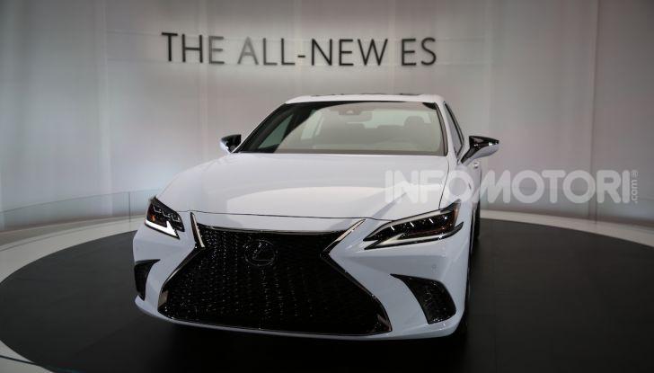 Lexus, le novità del Salone di Los Angeles 2018 in un'ampia gallery - Foto 25 di 30