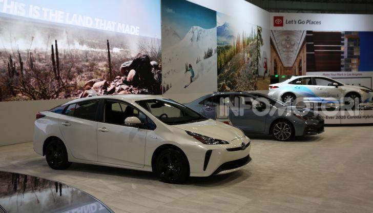 Nuova Toyota Prius AWD-i 2019, il nuovo ibrido anticipa il futuro - Foto 3 di 9