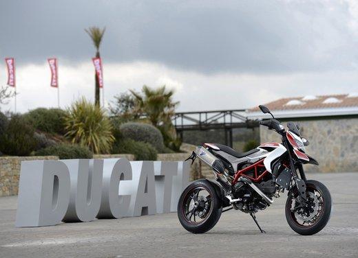 Nuova Ducati Hypermotard e Hypermotard SP prova su strada - Foto 17 di 35