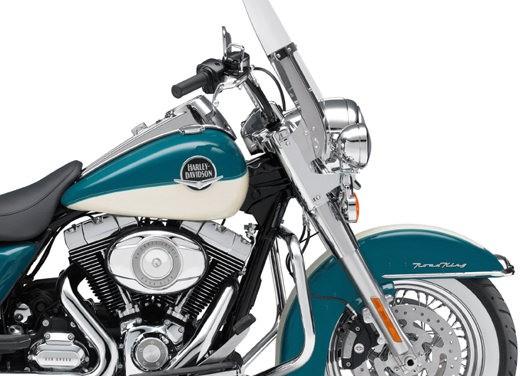 Harley Davidson FLHRC Road King Classic - Foto 4 di 7