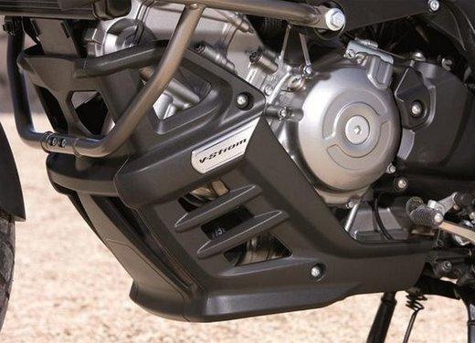 Suzuki V-Strom 650 ABS, tre kit in promozione - Foto 31 di 32