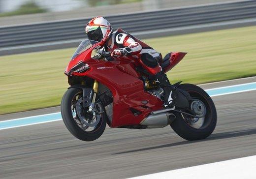Ducati  Multistrada, 1199 Panigale e Monster: finanziamenti speciali di Ducati Financial Services - Foto 8 di 15