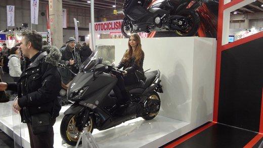 Tutte le più belle ragazze del Motor Bike Expo 2013 – Seconda fotogallery - Foto 11 di 24