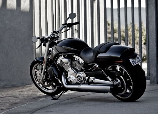 Harley Davidson V-Rod - Foto 12 di 13