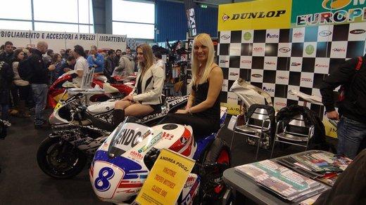 Tutte le più belle ragazze del Motor Bike Expo 2013 – Seconda fotogallery - Foto 13 di 24