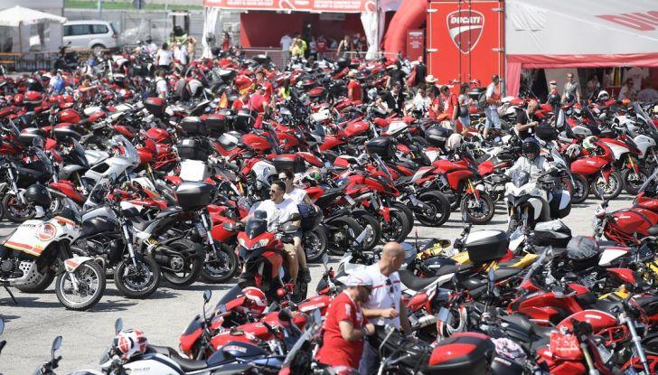 Ducati Supersport 936 2017: come ai vecchi tempi - Foto 15 di 29
