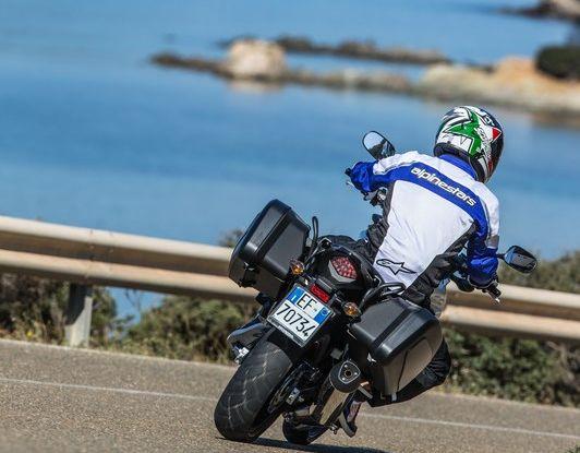 Test Honda CB 500X: divertimento e facilità immediata! - Foto 8 di 41
