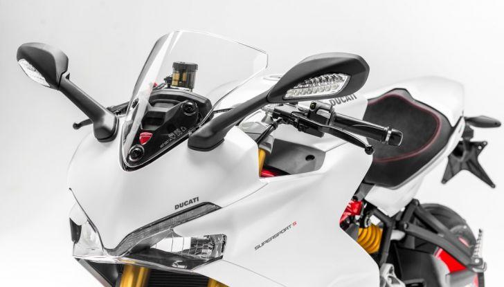 Nuova Ducati SuperSport 2017: sportiva senza limiti - Foto 18 di 30