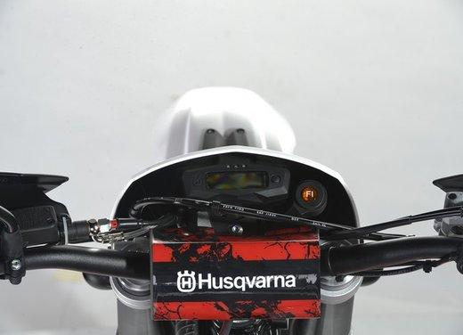 Husqvarna TE250R e TE310R: per il campione e per chi comincia - Foto 19 di 21