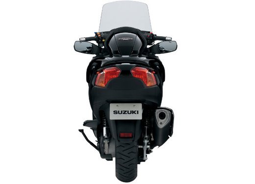Suzuki Burgman 650 - Foto 21 di 45