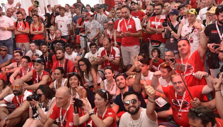 Ducati Supersport 936 2017: come ai vecchi tempi - Foto 2 di 29