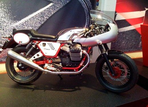 Nuova Moto Guzzi V7 test ride: classica, basic o sportiva - Foto 30 di 31