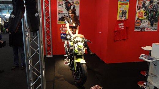 Tutte le più belle ragazze del Motor Bike Expo 2013 – Seconda fotogallery - Foto 22 di 24