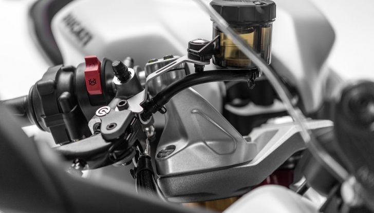 Nuova Ducati SuperSport 2017: sportiva senza limiti - Foto 24 di 30