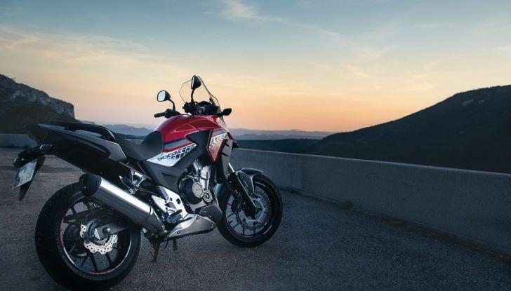 Test Honda CB 500X: divertimento e facilità immediata! - Foto 23 di 41