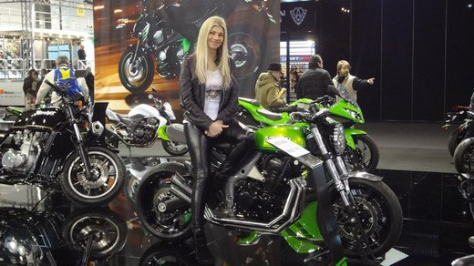 Tutte le più belle ragazze del Motor Bike Expo 2013 – Seconda fotogallery - Foto 3 di 24