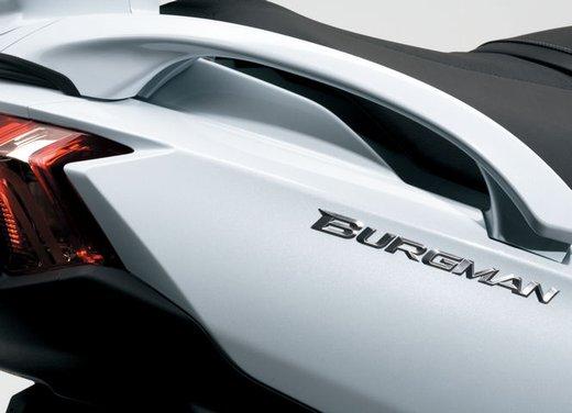 Suzuki Burgman 650 - Foto 32 di 45
