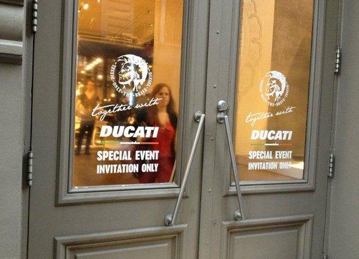 Ducati Monster Diesel nei Ducati Store - Foto 16 di 38