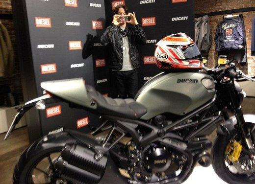Ducati Monster Diesel nei Ducati Store - Foto 3 di 38