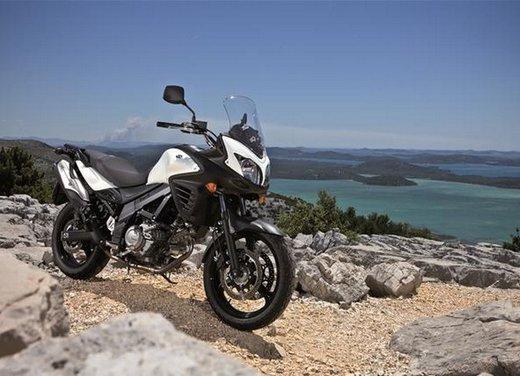 Suzuki V-Strom 650 ABS, tre kit in promozione - Foto 25 di 32