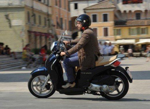 Aprilia Scarabeo 200 ie: prezzi, promozioni e novità dello scooter Aprilia - Foto 10 di 23