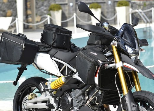 Aprilia Dorsoduro 1200 test ride: potenza sotto controllo - Foto 4 di 43