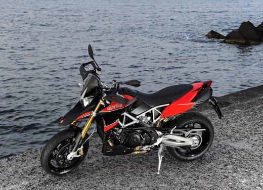 Aprilia Dorsoduro 1200 test ride: potenza sotto controllo - Foto 20 di 43