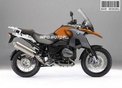 BMW R 1250 GS: foto spia della nuova adventure bike tedesca - Foto 7 di 9