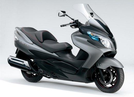 Suzuki novità 2013: Burgman 650 e Inazuma 250 le protagoniste della gamma 2013