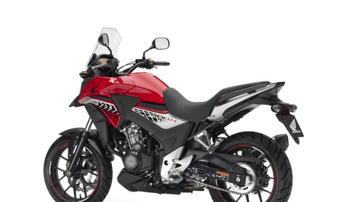 Test Honda CB 500X: divertimento e facilità immediata! - Foto 26 di 41