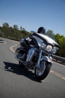 Harley-Davidson CVO 2013 - Foto 14 di 18