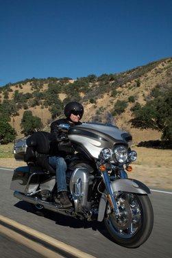 Harley-Davidson CVO 2013 - Foto 17 di 18