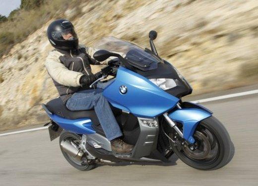 BMW C 600 Sport: prova su strada dello scooter sportivo tedesco - Foto 15 di 28