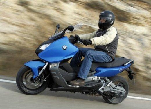 BMW C 600 Sport: prova su strada dello scooter sportivo tedesco - Foto 19 di 28