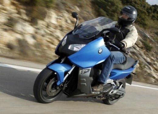 BMW C 600 Sport: prova su strada dello scooter sportivo tedesco - Foto 22 di 28
