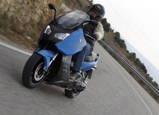 BMW C 600 Sport: prova su strada dello scooter sportivo tedesco - Foto 24 di 28