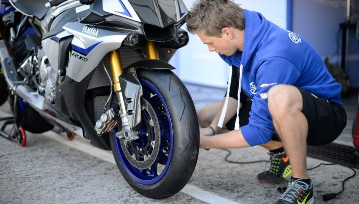 A Misano con Yamaha Supersport Pro Tour 2016: Adrenalina a mille! - Foto 37 di 60
