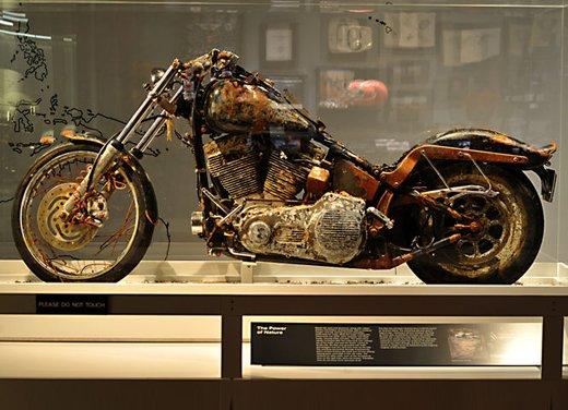 La Harley-Davidson sopravvissuta allo tsunami esposta al museo di Milwaukee - Foto 2 di 7